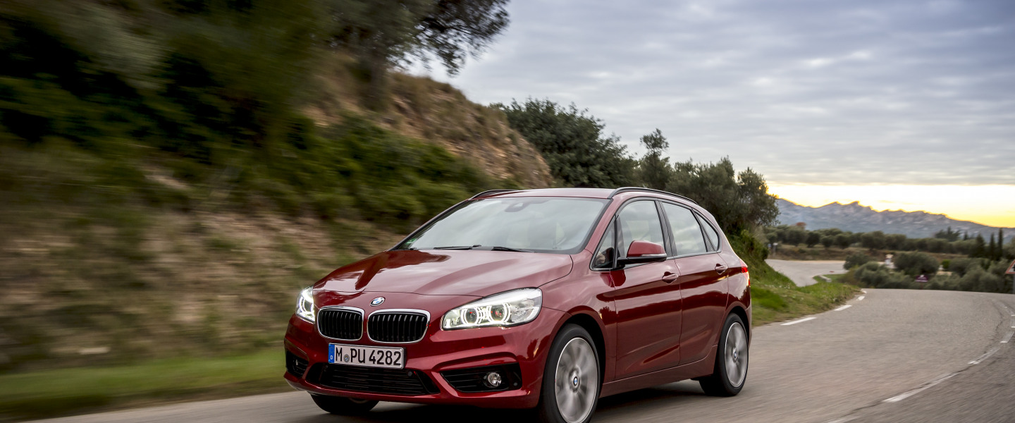 P90169653_highRes_the-new-bmw-220d-xdr.jpg