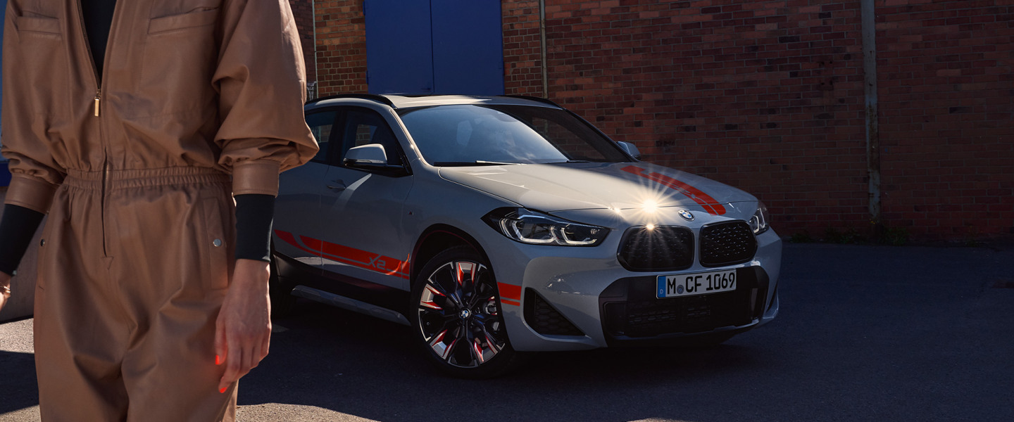 bmw-x-series-x2-highlights-mg-exterior-interior-01-desktop.jpg