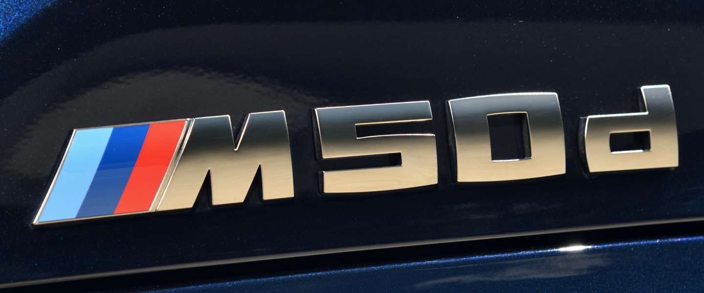 P90325598_highRes_the-new-bmw-x5-m50d-.jpg