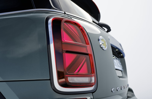 P90390335_highRes_mini-countryman-neut.jpg