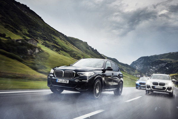 P90374467_highRes_the-new-bmw-x1-xdriv.jpg