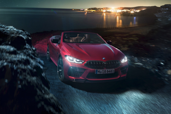 bmw-m8competition-convertible-inspire-highlights-desktop-01.jpg