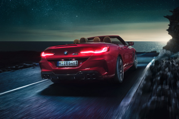 bmw-m8competition-convertible-inspire-highlights-desktop-02.jpg