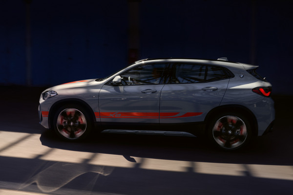 bmw-x-series-x2-highlights-mg-exterior-interior-03-desktop.jpg