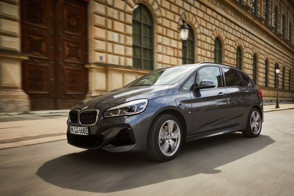 P90361865_highRes_the-new-bmw-225xe-ac.jpg