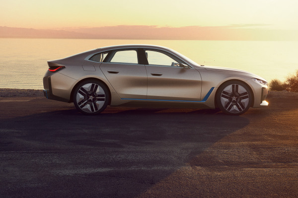 bmw-i4-electric-cars-preview-2020-003.jpg