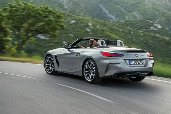 bmw-zseries-z4-highlights-highlight-desktop-tablet-03.jpg