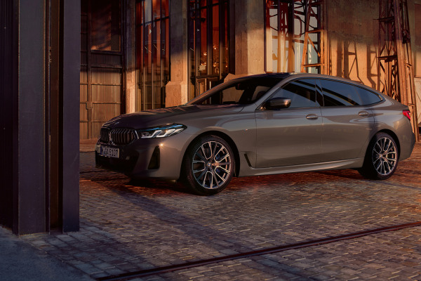 bmw-6-series-gran-turismo-highlights-mg-design-desktop-03.jpg