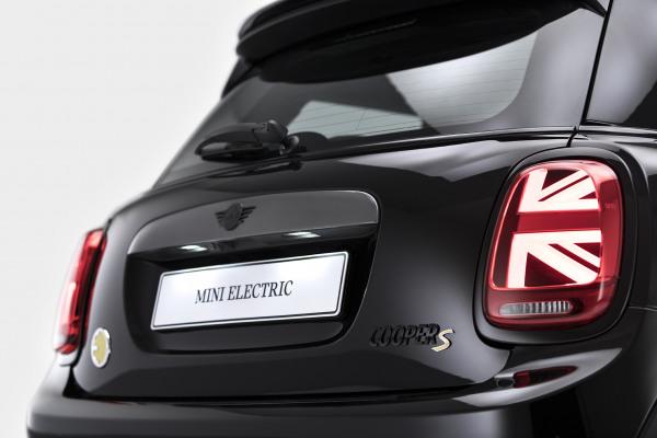 MINI Cooper SE - Black Edition 10.jpg