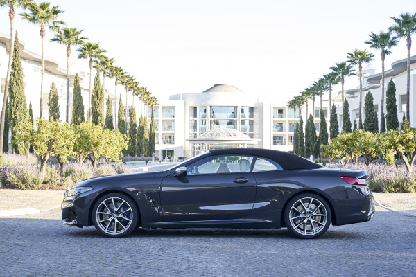 P90343224_highRes_the-new-bmw-m850i-xd.jpg