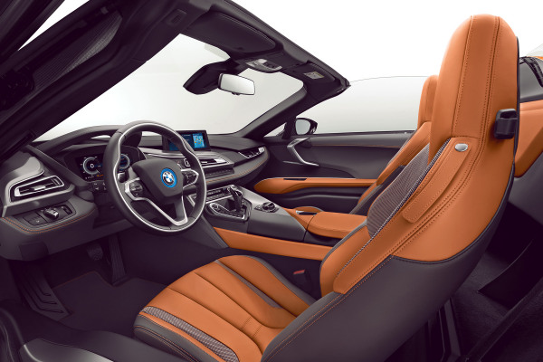 bmw-i8-i8roadster-home-gallery-lines-1920x1080-02-amido-e-copper.jpg.asset.1510124407896.jpg
