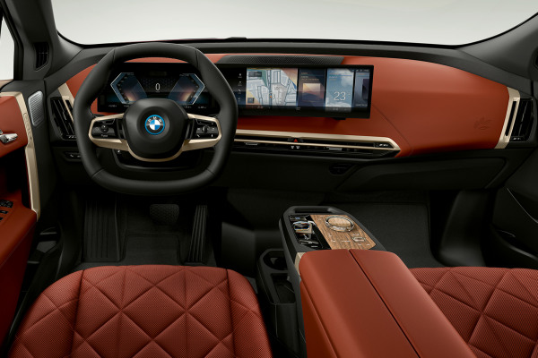 bmw-x-series-ix-mg-interior-design-desktop-02.jpg