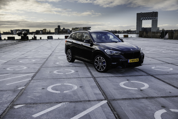 BMWx1-ericvanvuuren-14.jpg