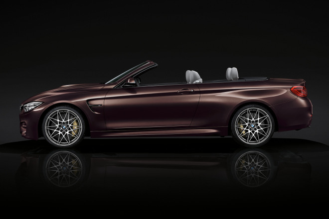 BMW-m4-convertible-images-and-videos-1920x1200-10.jpg