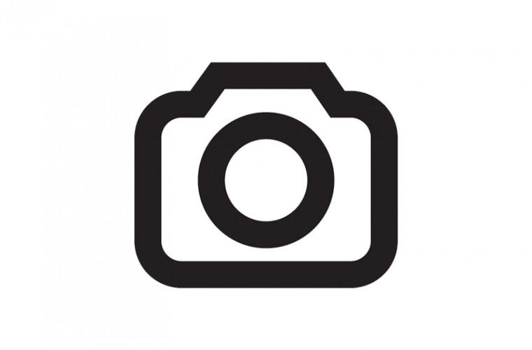 P90363130-highRes.jpg