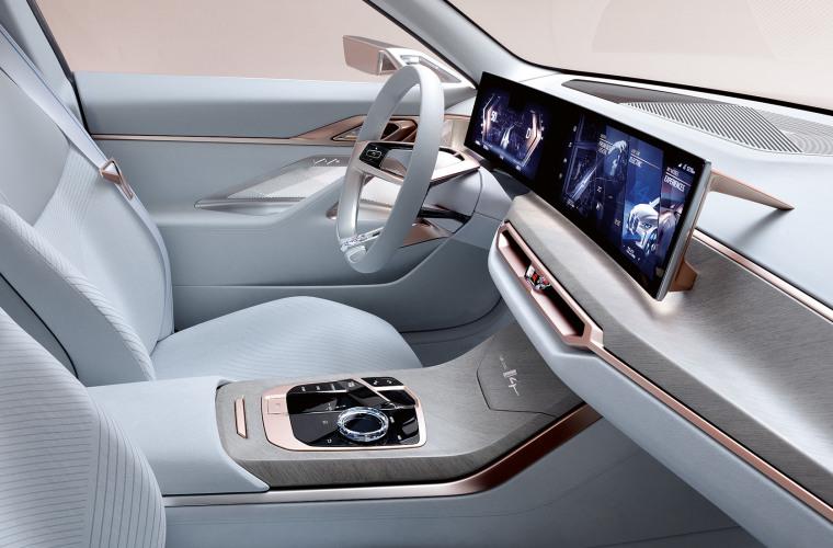 bmw-concept-i4-highlights-mg-exterior-interior-design-desktop-06.jpg