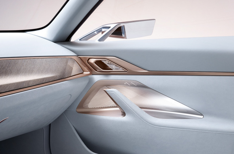 bmw-concept-i4-highlights-mg-exterior-interior-design-desktop-08.jpg