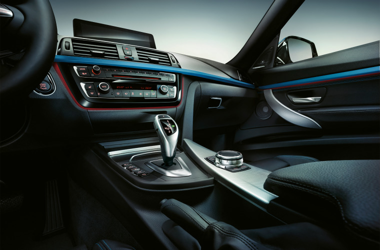 bmw-3-series-gran-turismo-inspire-highlight-desktop-04.jpg