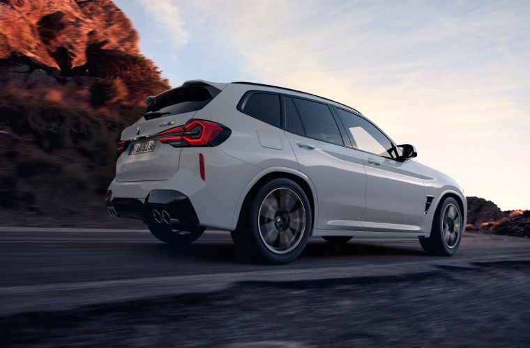 bmw-x3-m-automobiles-onepager-gallery-x3-m-core-wallpaper-04.jpg