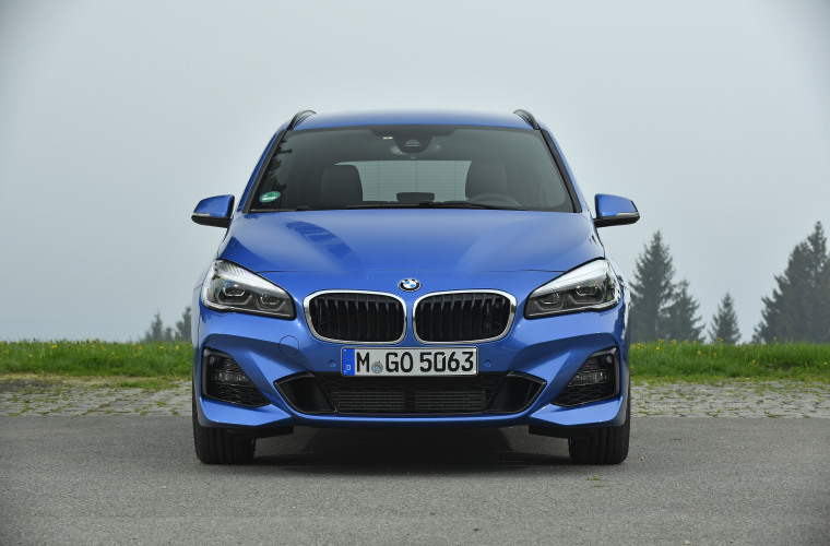 P90305298_highRes_the-new-bmw-2-series.jpg