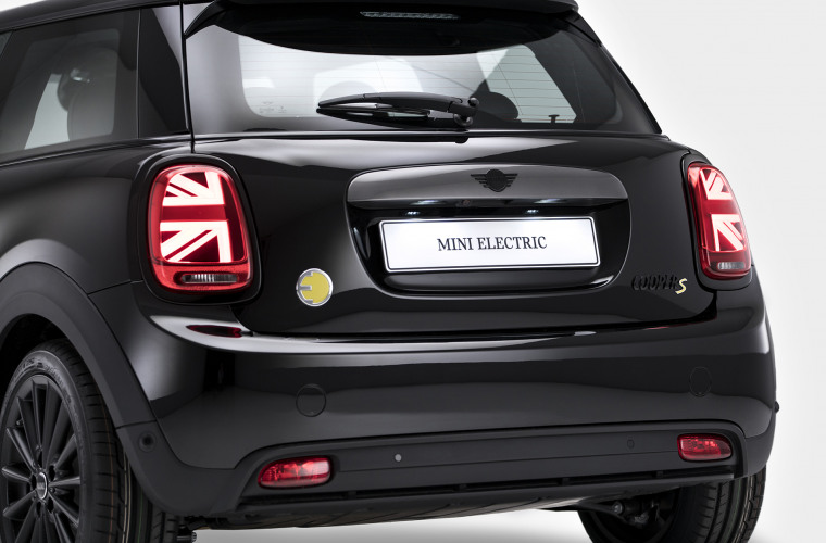 MINI Cooper SE - Black Edition 9.jpg